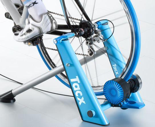 Rollentrainer Tacx Blue Matic – verwandelt Fahrräder in Heimtrainer